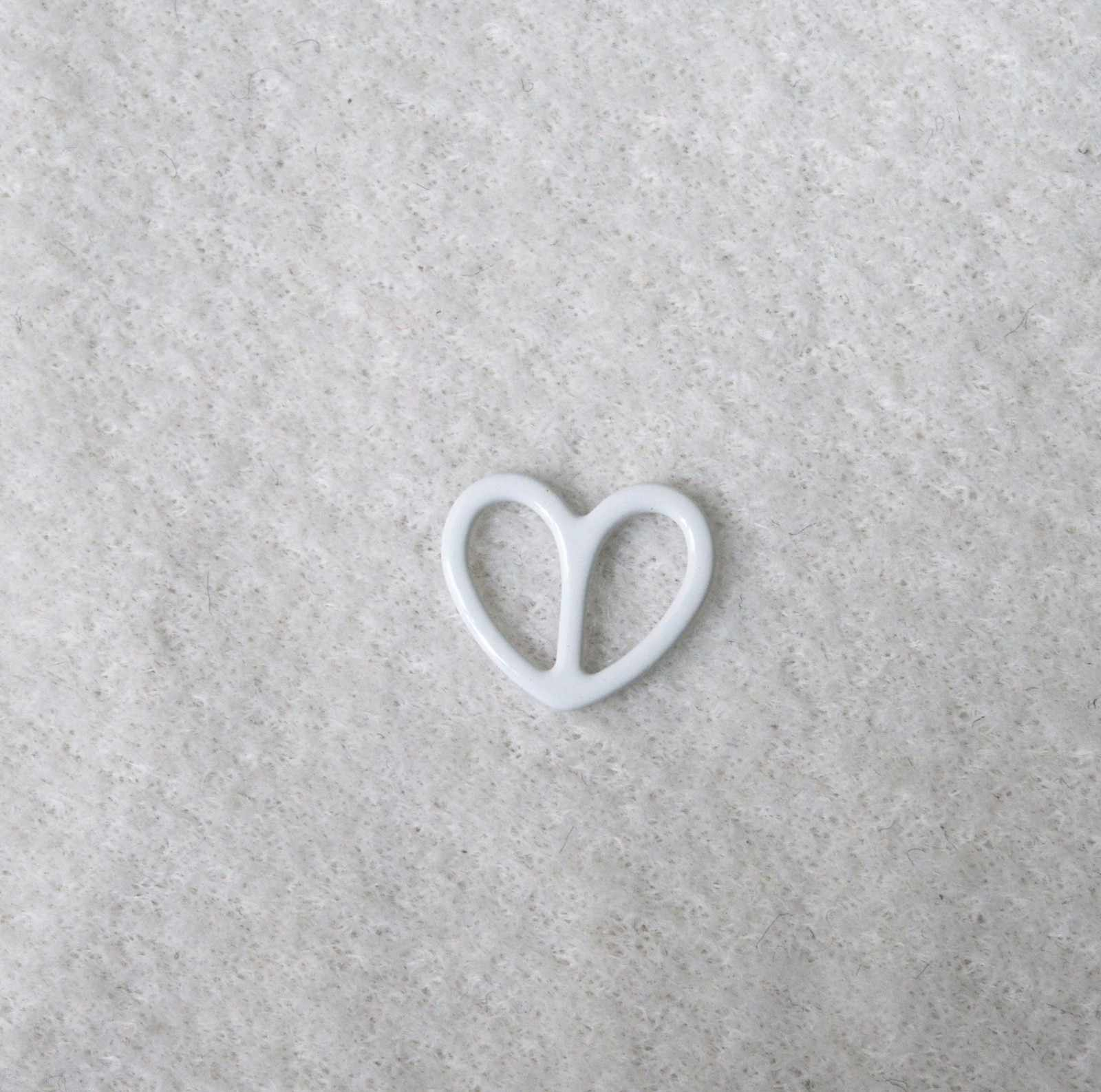 Mayrose-Professional Metal Strap Adjuster Buckle Nylon Coated Heart Shape