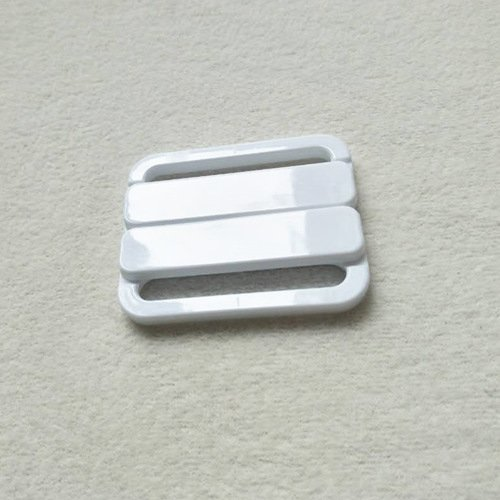 Mayrose-Plastic Front closure Buckle clear Clasps L40F56 | Bra Hook To Mak-1