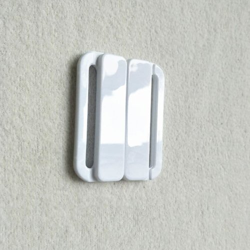 Mayrose-Plastic Front closure Buckle clear Clasps L38F56 | Bra Hook To Mak-1