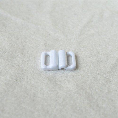 Plastic front closure clasps L12F45