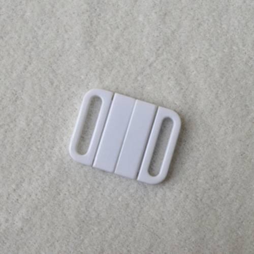 Plastic POM closure clasps L16F49